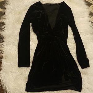 MISSGUIDED velvet deep plunge dress